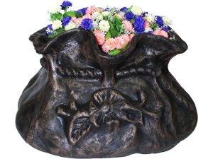 Саксия за декорация на градината