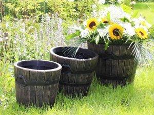 Саксии и кашпи за двор балкон и градина - Тип буре и бъчви