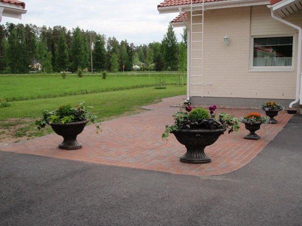 Golomi-Vazi-za-tsvetya-Ovalna