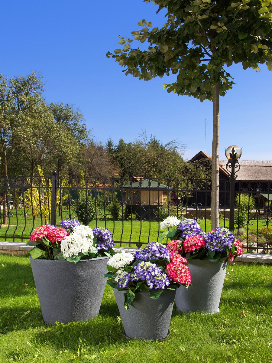 gradinski-i-dvorski-saksii-za-cvetya
