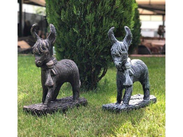 Декоративни фигурки за градина магаренце